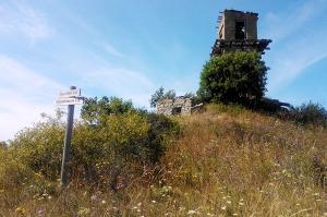 Väike-Pakri põhjaosas olev militaarne torn
